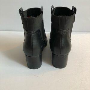 c283f4ba Tommy Hilfiger Shoes - Tommy Hilfiger Roxy Black booties block heel